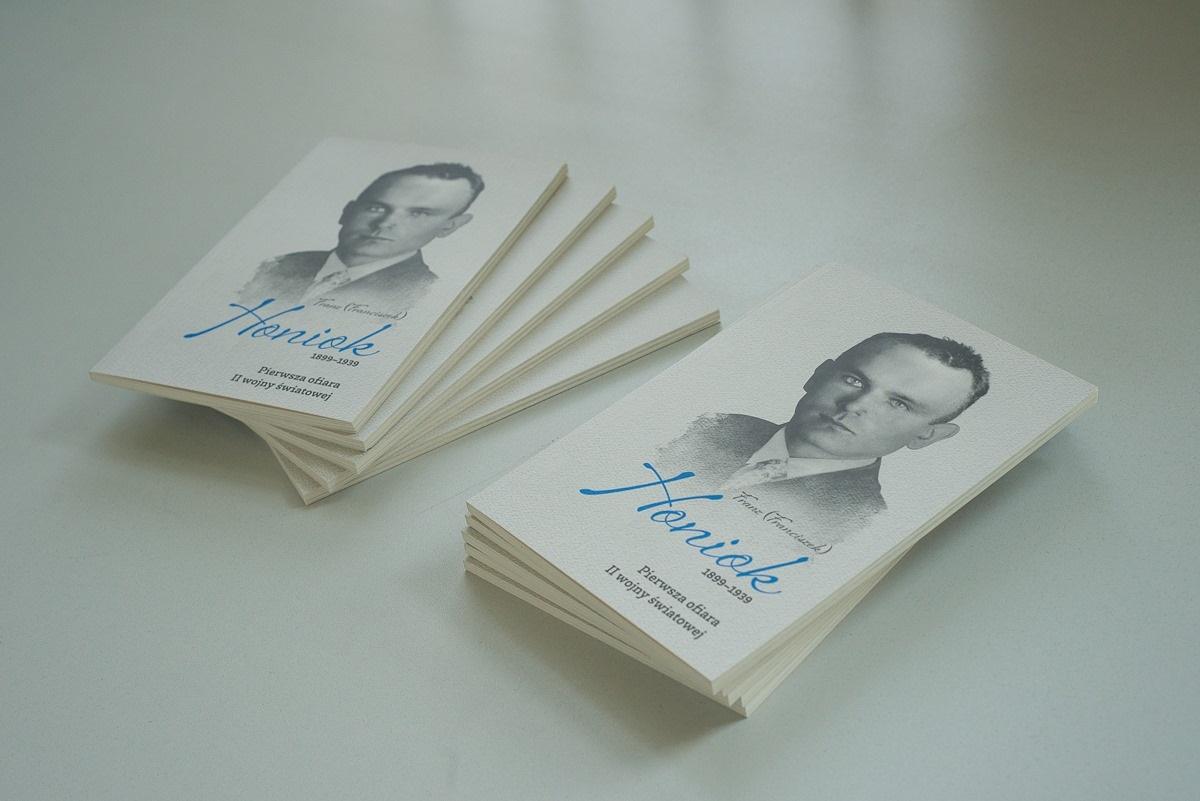 Книга о Франце Хоньоке. Фото: J. Janowska, www.facebook.com/muzeumwgliwicach