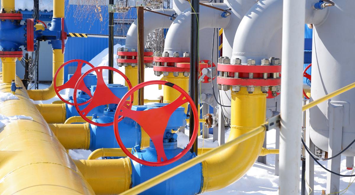 gaz gazociąg rura 1200.jpg