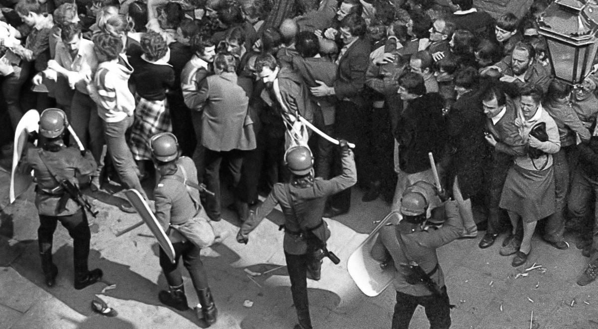 ZOMO stan wojenny PAP Arch-1200.jpg