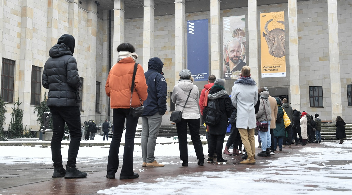 Queue in front of the National Museum in Warsaw last week.