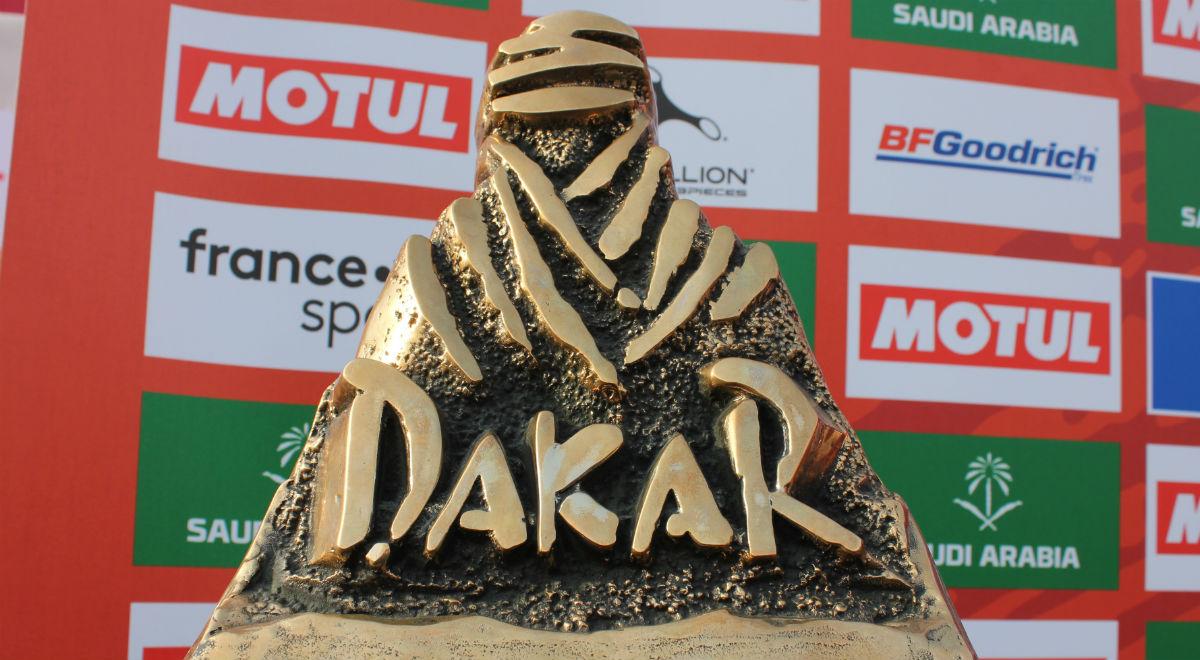Shutterstock Dakar trofeum 1200F.jpg