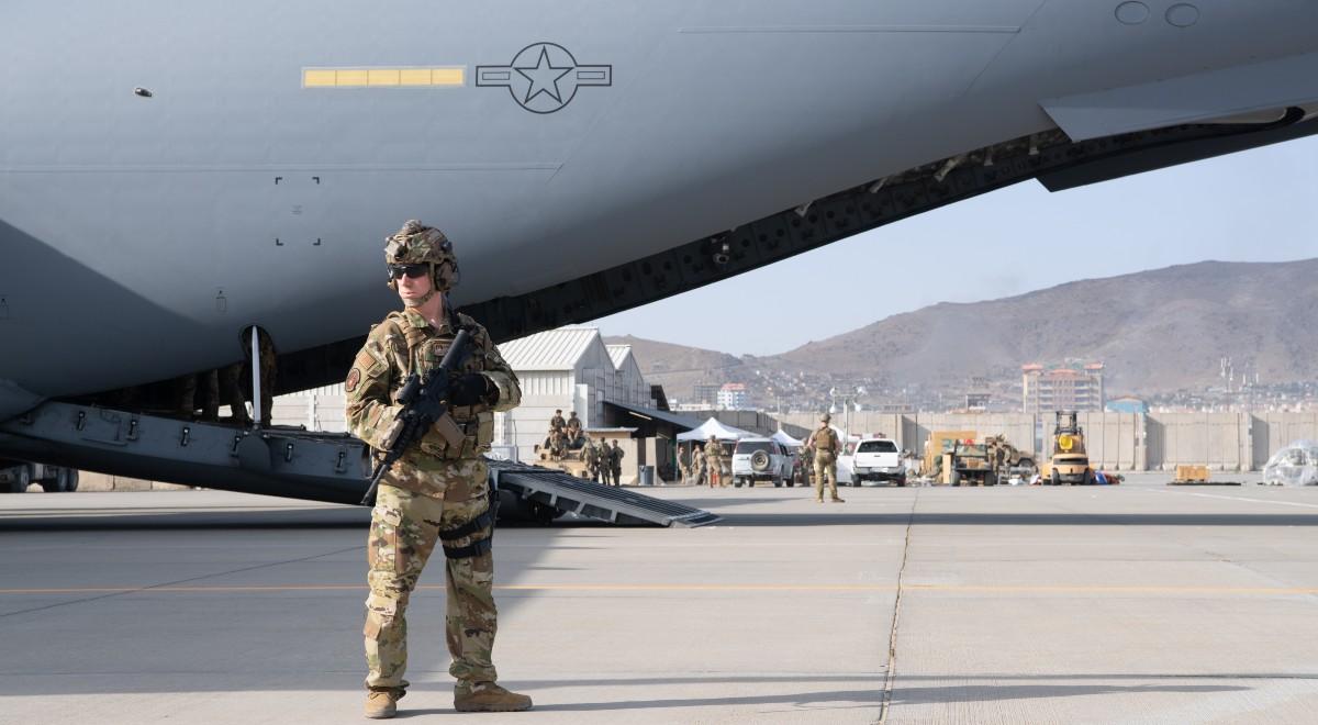 usa wojsko afganistan lotnisko kabul free 1200