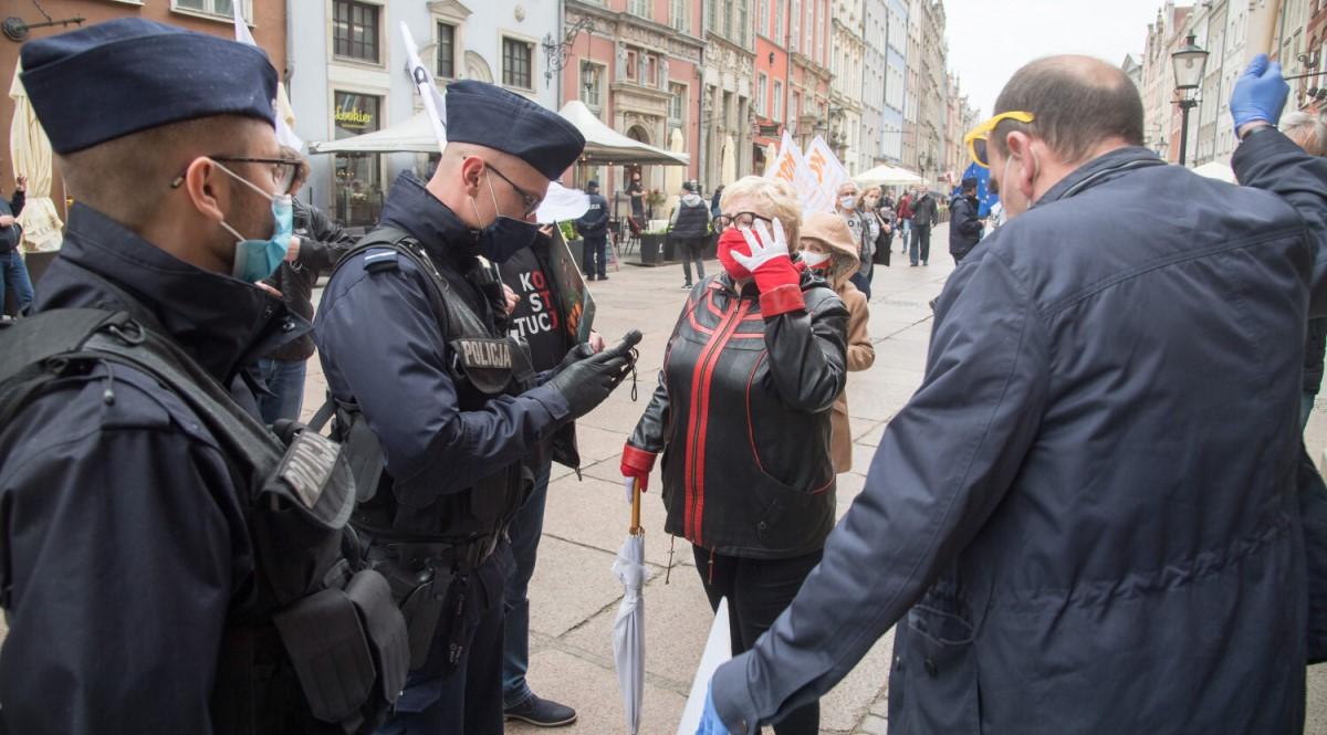 policja mandat en 1200.jpg