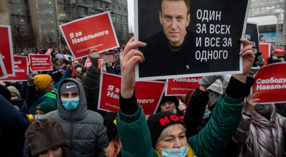 nawalny protest 1200 shutt.jpg