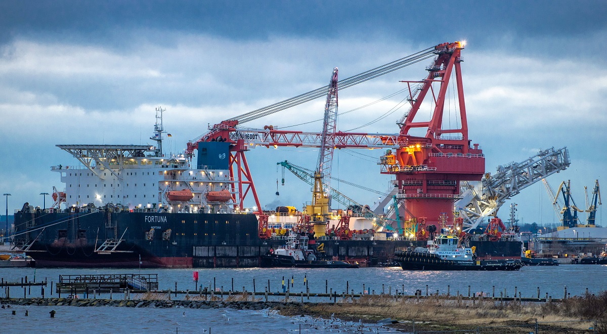 The Russian pipe-laying ship Fortuna arrives in the German port of Wismar earlier this month.