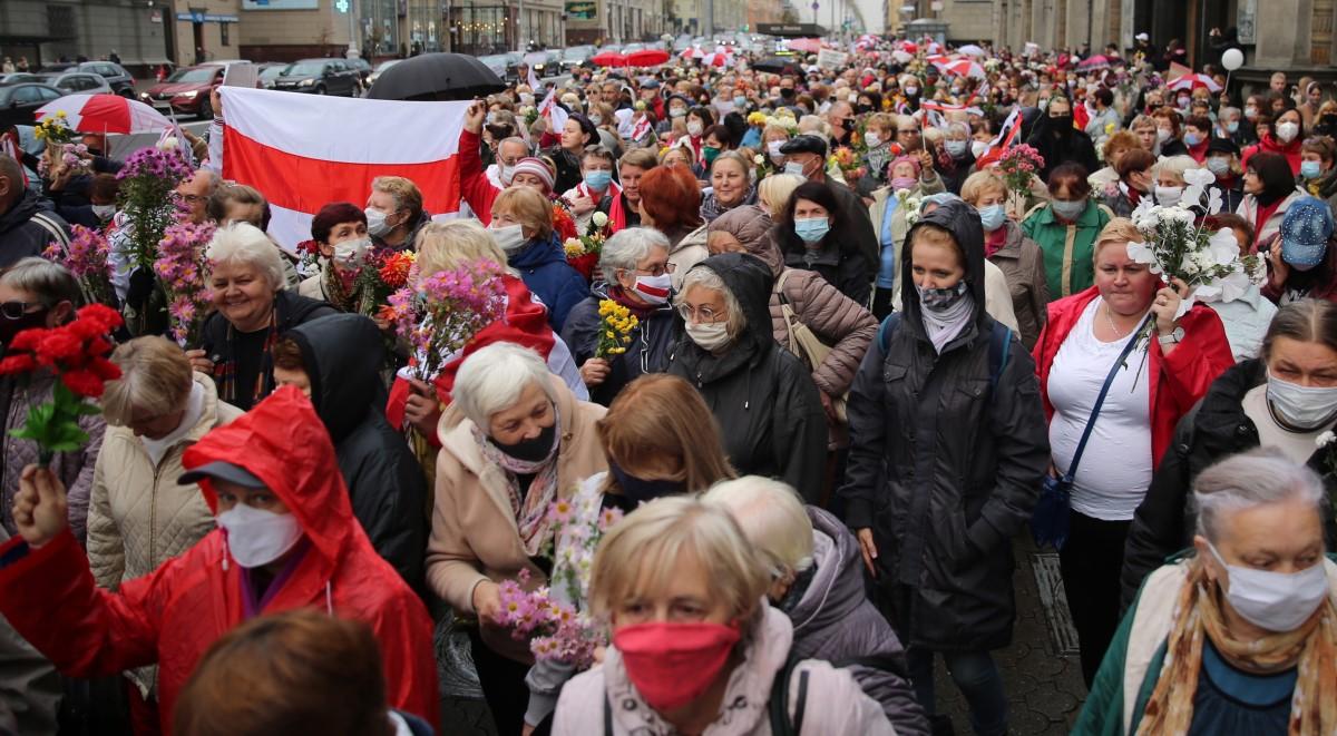 białoruś protest pap 1200.jpg