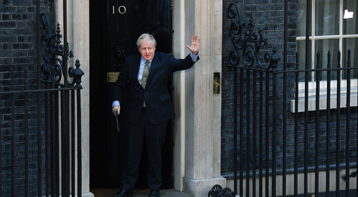 boris johnson downing street pap 1200.jpg