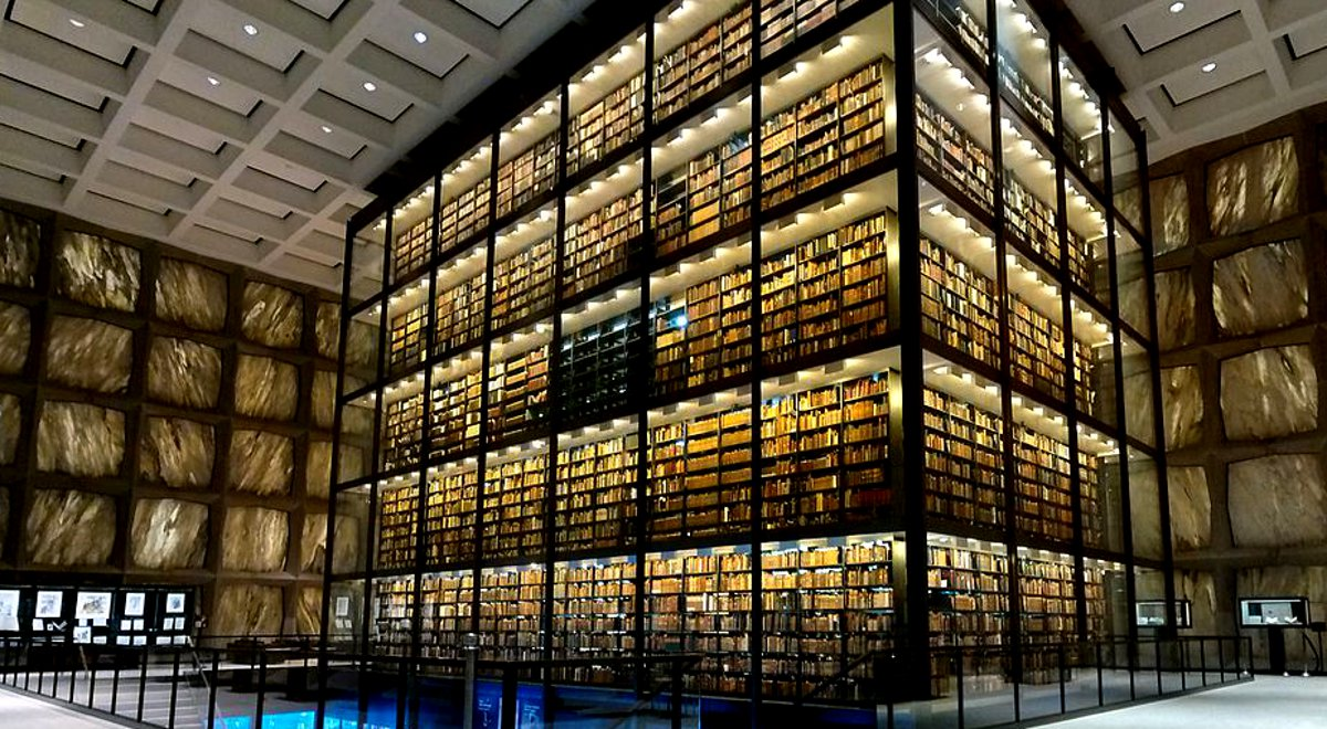 Beinecke-Rare-Book-Manuscript-Library-Interior-Yale-University-New-Haven-Connecticut-Apr-2014-b.jpg
