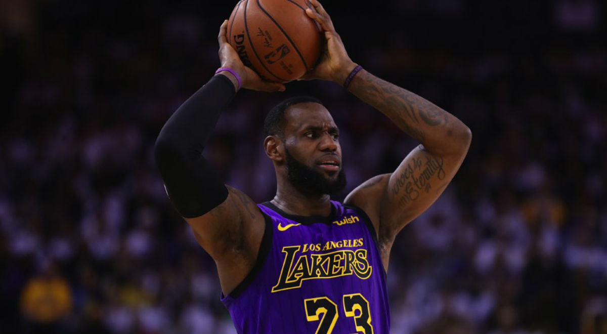 LeBron James w barwach Los Angeles Lakers