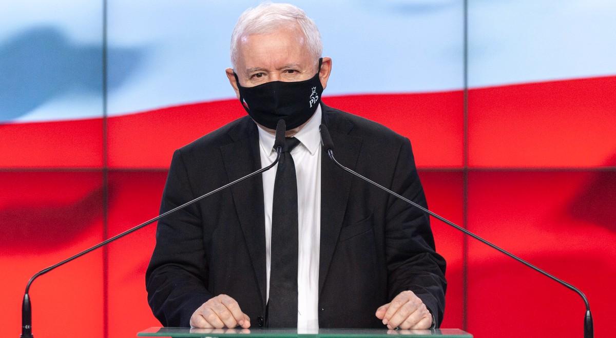 Jarosław Kaczyński FORUM 1200.jpg