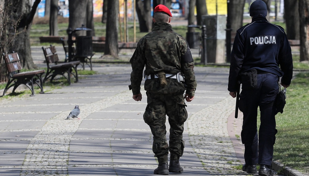 Police and military police patrol central Warsaw