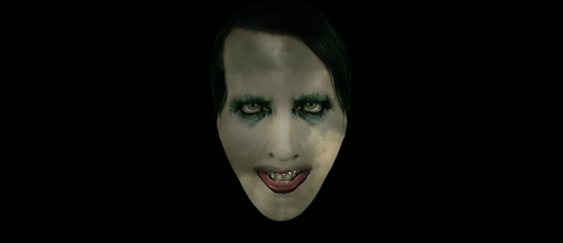 Marilyn Manson w klipie do We Are Chaos