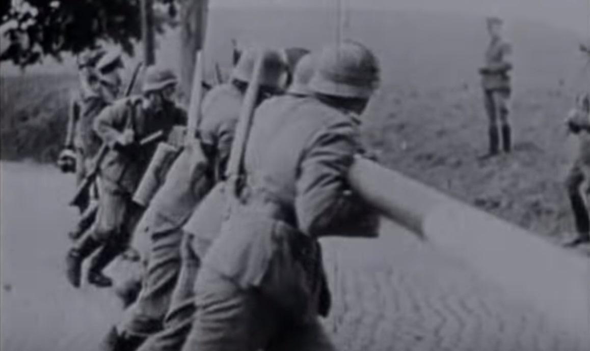 -  1  1939