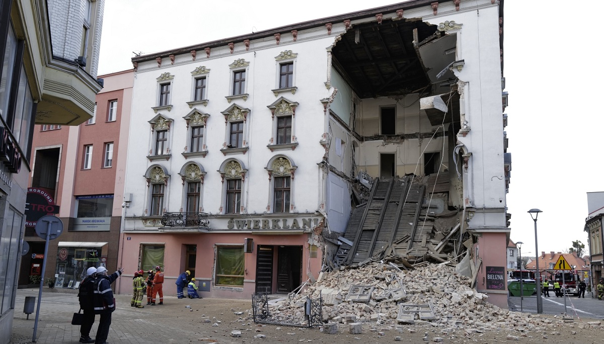 The partially collapsed townhouse building in the centre of Rybnik, southern Poland.