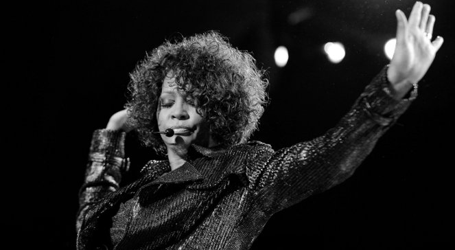 Whitney Houston utonęła w wannie?