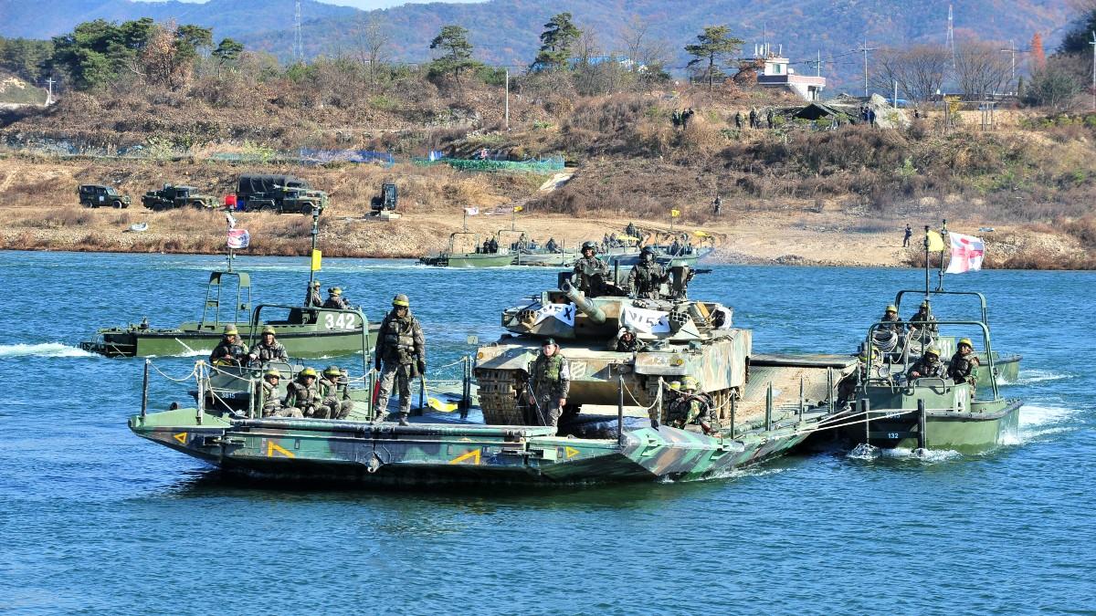 korea południowa wojsko shutterstock_1308872203 1200.jpg