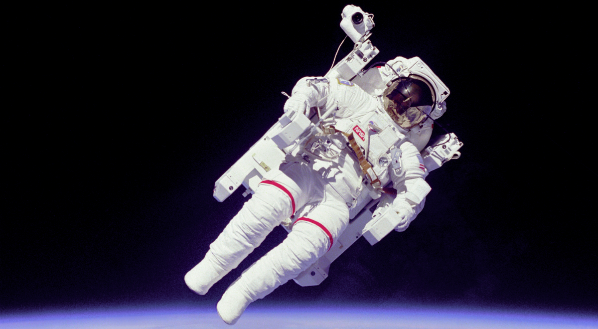 Bruce_McCandless_II_during_EVA_in_1984.jpg