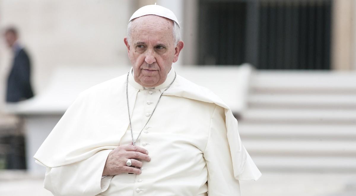 papież Franciszek free shutter 1200.jpg