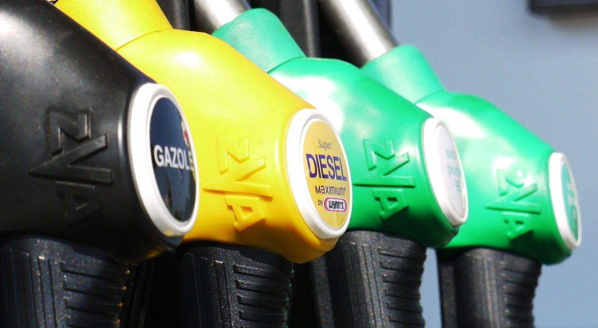 paliwa stacja benzynowa 1200.jpg
