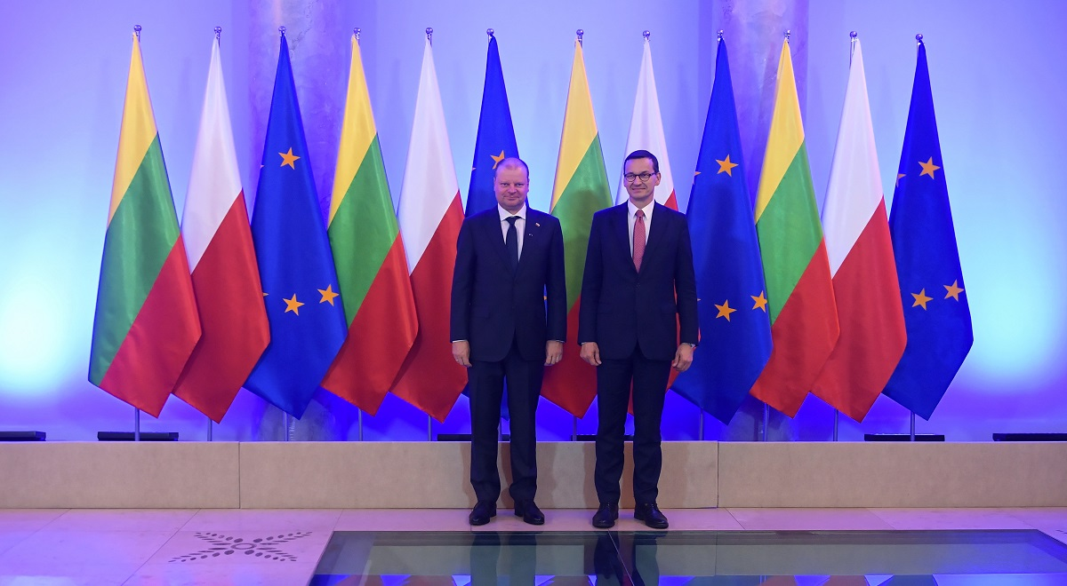 Polands Prime Minister Mateusz Morawiecki (right) and his Lithuanian counterpart Saulius Skvernelis (left) during a meeting in Warsaw in July.