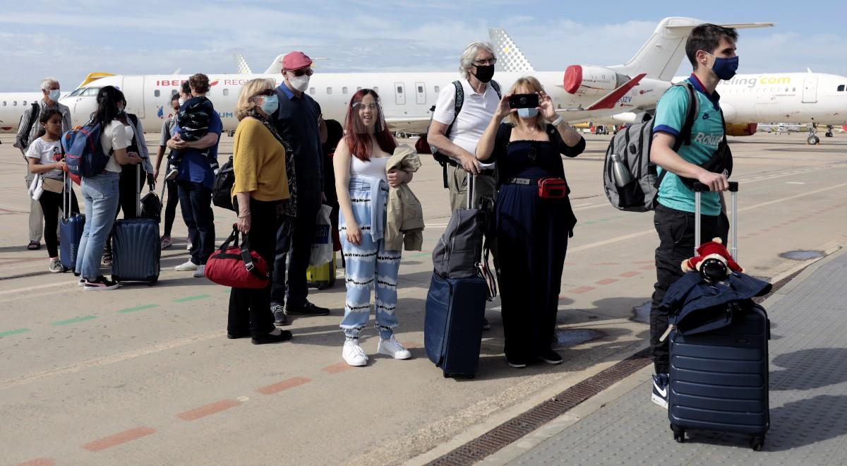 turyści 1200 pap.jpg