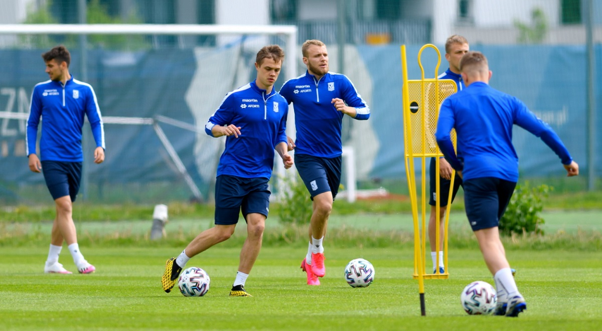 Lech Poznań players in training ahead of a Polish Cup quarterfinal clash against Stal Mielec.
