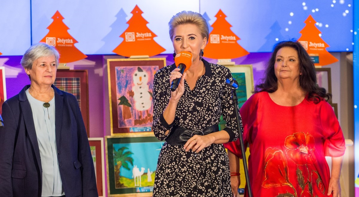 First Lady Agata Kornhauser-Duda attends Polish Radio's Choinki Jedynki event Dec 1'2019 Photo 2 by Łukasz Kowalski.jpg