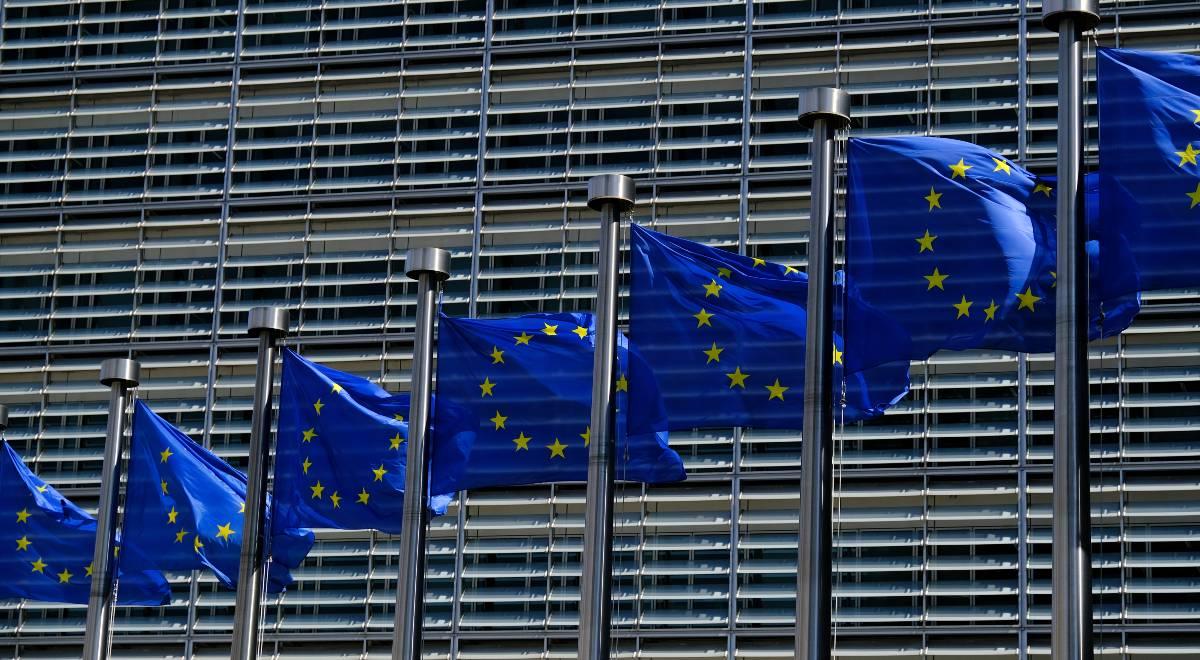 shutterstock unia europejska free ue free 1200.jpg