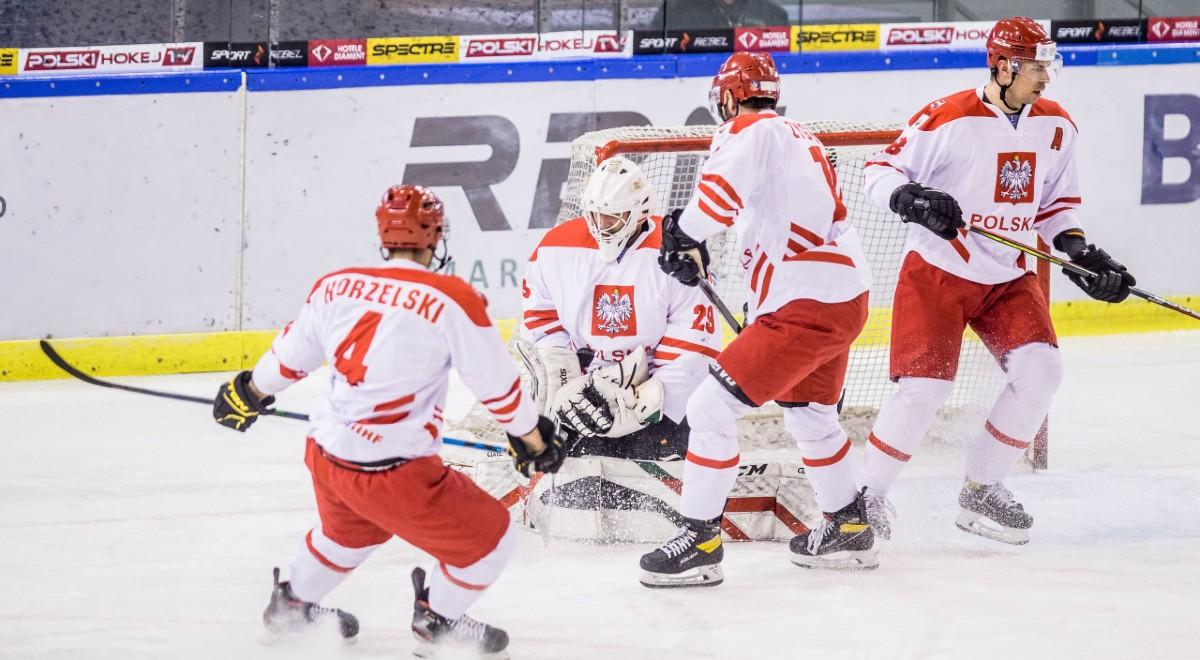 TT Hokej kadra 1200F.jpg