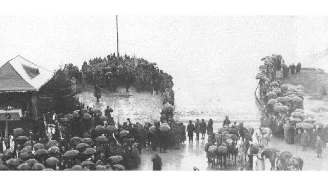 Znalezione obrazy dla zapytania 100-lecia Zaślubin Polski z morzem