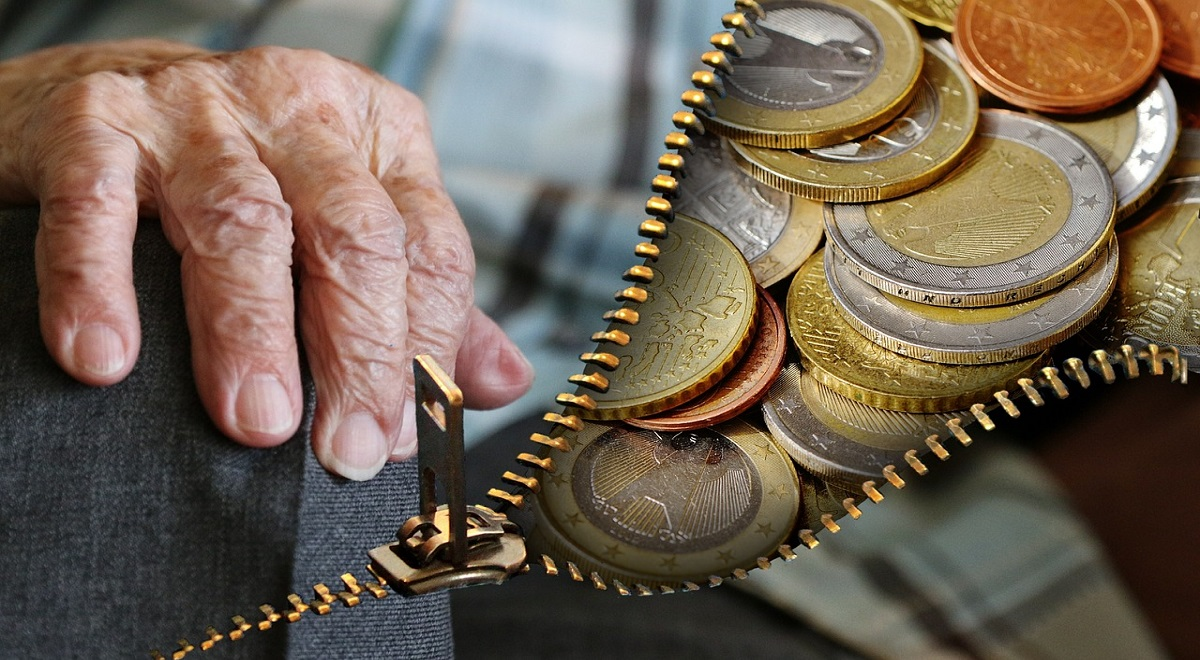 С марта 2020 года минимальная пенсия в Польше будет составлять 1000 злотых