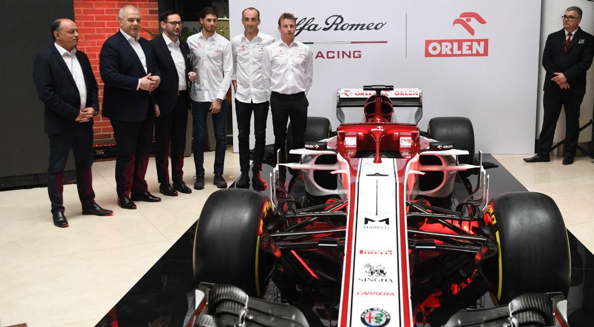 PAP Kubica F1 1200.jpg