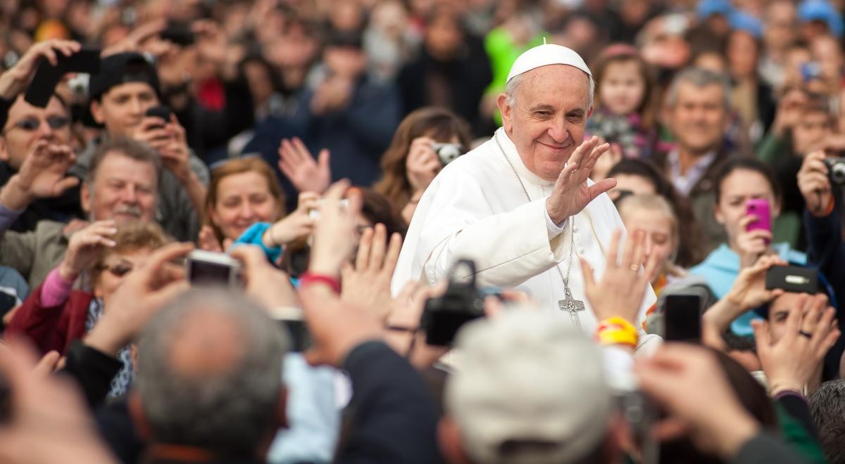 Papież Franciszek 1200 free.jpg