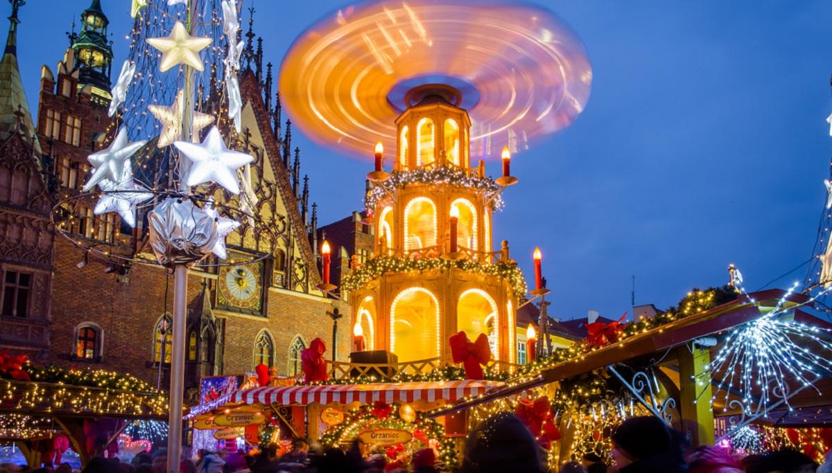 Из-за коронавируса отменили Рождественские ярмарки в Кракове и Вроцлаве