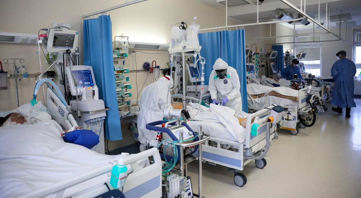 An intensive care unit for coronavirus patients at a hospital run by Polands interior ministry in Warsaw.